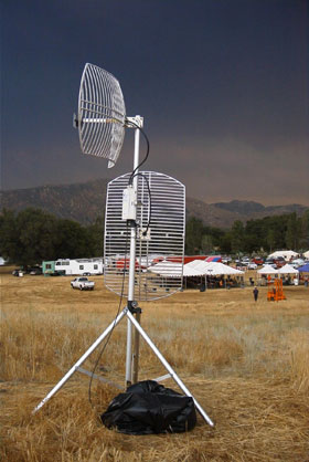 Moveable antenna setup in front of incident command tents